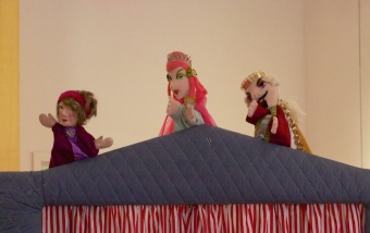 Puppets-for-Peace-2014-shows-153