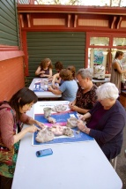 Puppets-for-Peace-2014-workshops-206