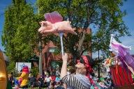 2015-victoria-day-parade-12